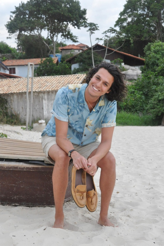 Fitting room, Delirio Tropical, Brazil, Leo, Florianópolis, Jurerê Internacional, beach, jungle, look book, Hawaiian print, vintage shirt, shorts, beige, Zara, Flamingos Vintage Kilo, Moccasines, mustard, Topman, fashion blogger, summer, PimPamMate